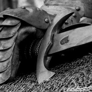 Schwert und Rüstung